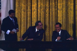 President_Nixon_and_General_Secretary_Brezhnev_signing_Scientific_and_Technical_Cooperation_Agreement