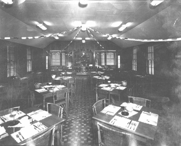 Bisers Restaurant Interior