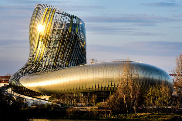 La Cité du Vin bordeaux wine tourism
